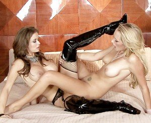 When girls play - Emily Addison and