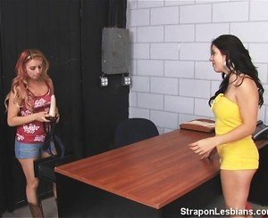 Blonde hatefucks brunette friend in