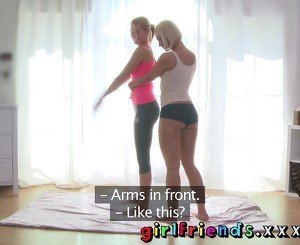 Girlfriends Sexy blondes exercise