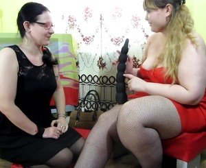 bbw hairy lesbian dildoing and